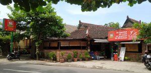 Waroeng Spesial Sambal di Jl Hasanuddin No 53 Purwosari